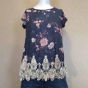 NWOT Floral and Lace Tee Shirt
